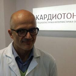 Dr sci med Дејан Вукајловић